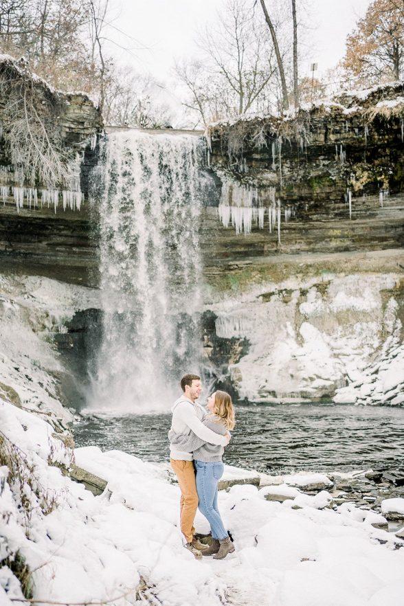 Bailey Brandin Fine Art Engagement Photography Minnehaha Falls Minneapolis MN 20202 websize