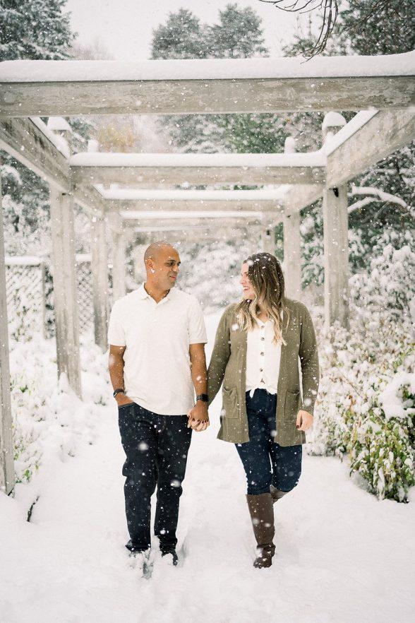 Heather Josh Luxury Fine Art Engagement Photography MN Landscape Arboretum Chanhassen MN 20206 websize